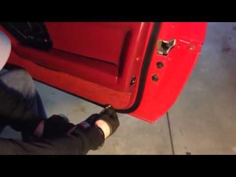 Door Panel Removal C4 Corvette 1985 Youtube