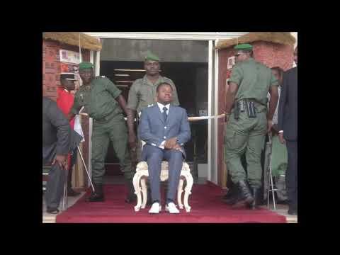 Le Togo sous l'emprise des Gnassingbé despotes, armée clanique, podosants traitres et le bas-peuple