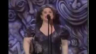 Marissa Jaret Winokur wins 2003 Tony Award for Best Actress in a Musical thumbnail
