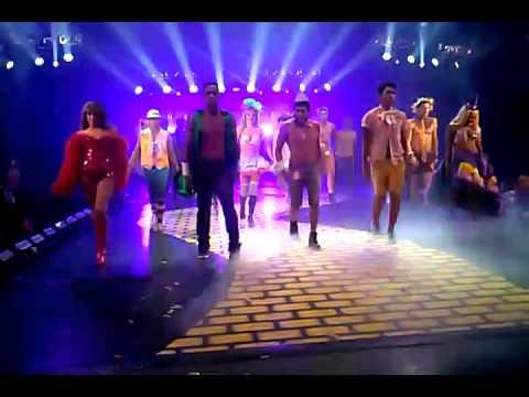 HHN 2013  B&T Applause Encore Finale