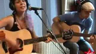Pascale Picard - Gate 22 (live acoustic Virgin Radio)