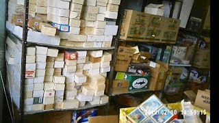 WE FOUND OVER ONE MILLION BASEBALL CARDS IN THE ATTIC OF THIS OLD ANTIQUE STORE