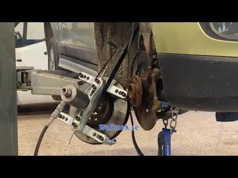 Demontage vastgeroeste remschijf Volvo XC60 met Wallmek speciaal gereedschap