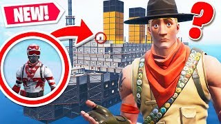 WE HIDE IN THE TITANIC WITH *HACKER* from FORTNITE! CREATIVE MODE MINI-GAME