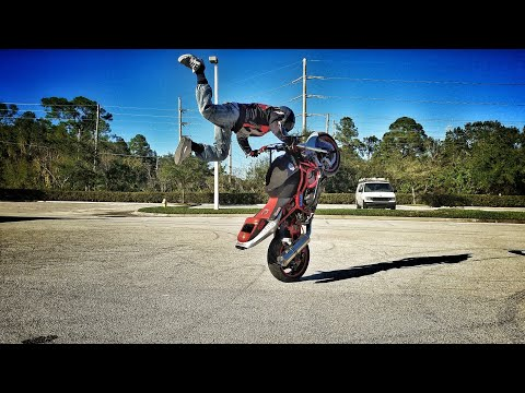 Sunday Stunt Day with Secret Weapon Show (Rider Feature)