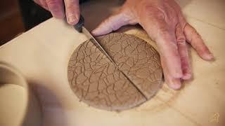 Atelier céramique Béatrice Allard - le gorille jaune
