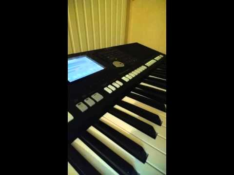 Somali karaoke piano