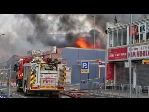 fire-in-melbourne-supermarket-today-(13-12-2016)