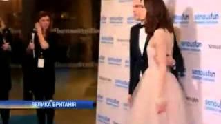 Кира Найтли вновь появилась на публике в свадебном п...