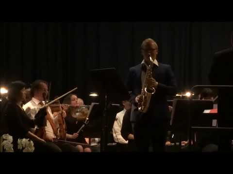 Concerto for Alto Saxophone - Romance - Ronald Binge  performed by Sven Smeets