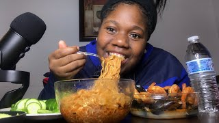 Shrimp, mussels and SPICY NOODLES MUKBANG