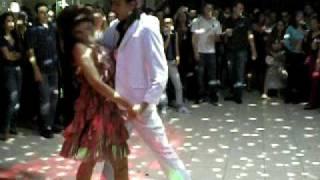 Dieferson e Grazi dançando na Festa
