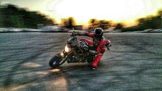 MOTOVLOG #10 - /Wheelie MT-07, FZ6 / Akrapovič/ Závod // Kamarádi do deště /Bylo nás 3