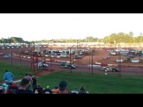 Dixie Speedway Warmup