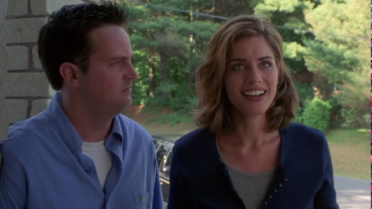 "Download Jimmy Tudeski offers Jill a ""Job"" | The Whole Nine Yards | Bruce Willis, Matthew Perry, Amanda Peet"