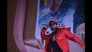Simmba: Ranveer Singh dances on top of theatre porch for promotion