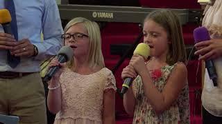 10 лет семье Папирник - Василий и Лия с дочерьми исполняют 'My Father's Angels'