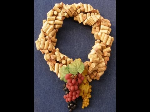 Quick and Easy -  Make a Wreath from Recycled Wine Corks
