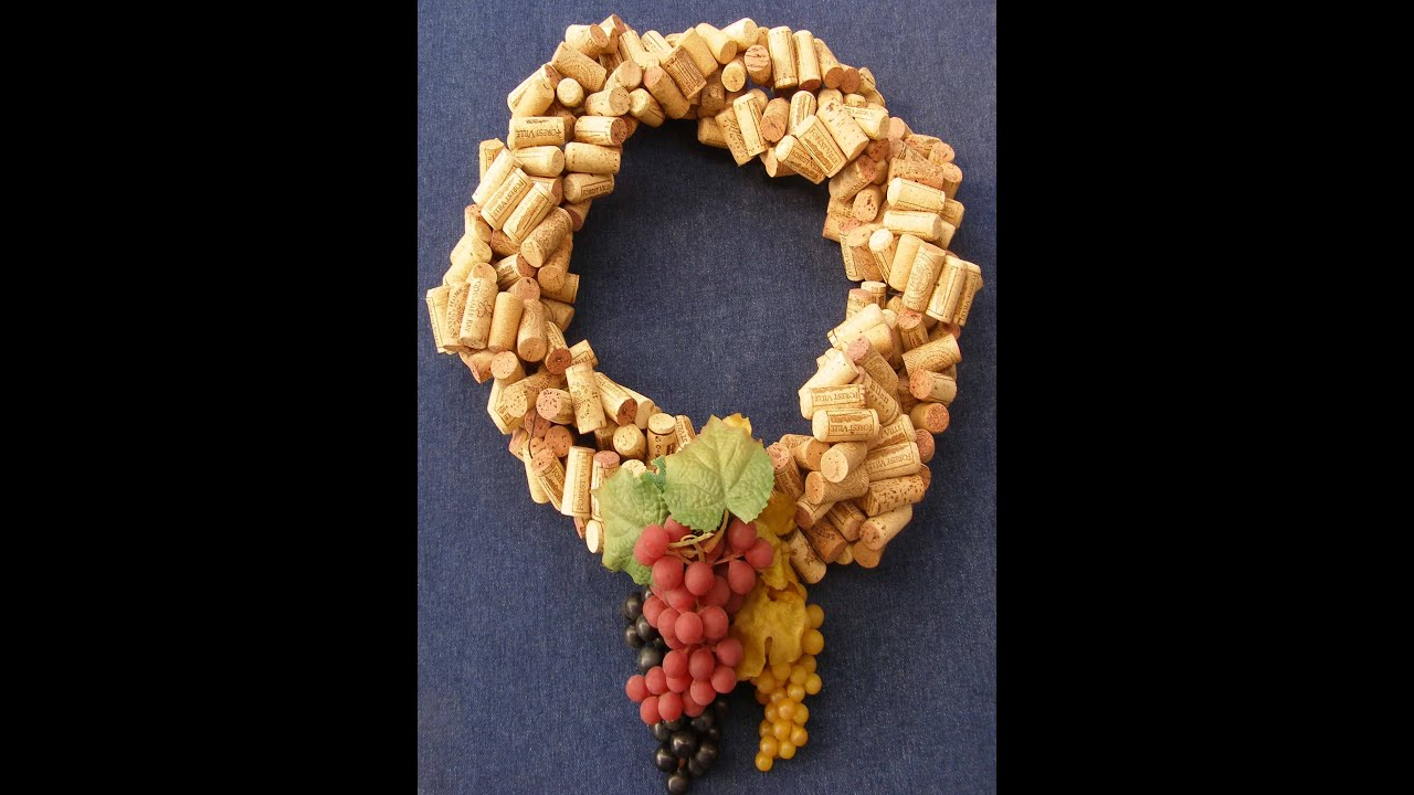 Quick And Easy Make A Wreath From Recycled Wine Corks Youtube