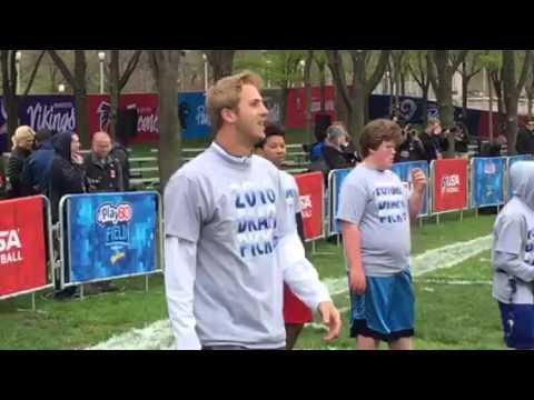 Jared Goff At NFL Draft Play 60 Throwing To Kids #NFLDraft