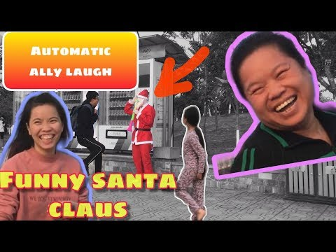 Scary Santa Claus Prank.AWESOME REACTIONS - Laugh with Santa😅😂