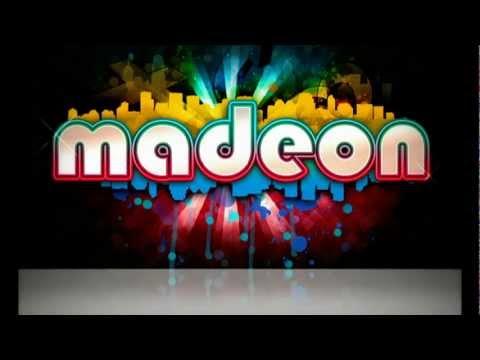 Blur - Song 2 (Madeon Remix) Live @ Hull