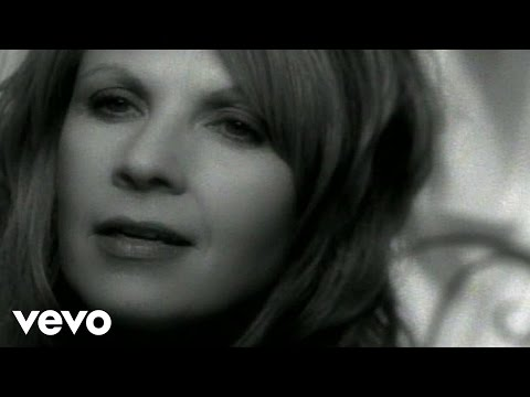 Patty Loveless - Like Water Into Wine