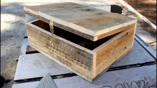 Building another wooden box from a pallet