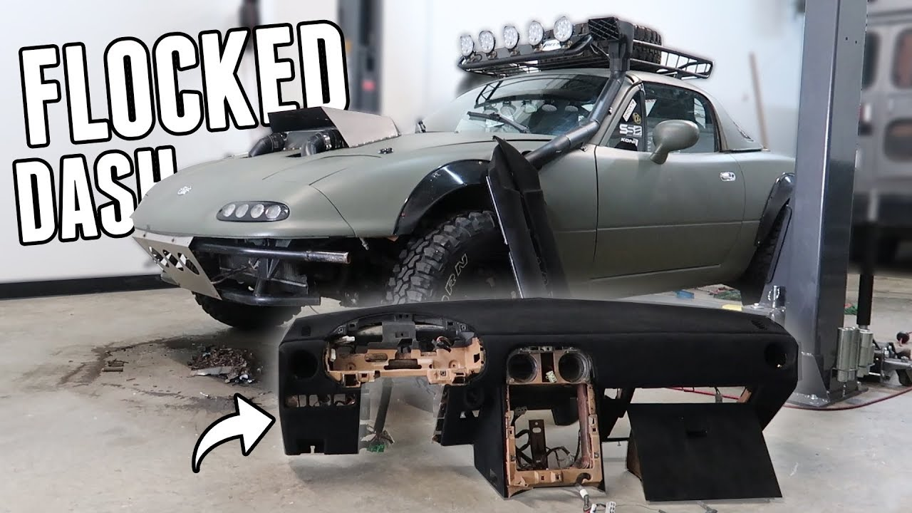 flocking-the-dash-door-cards-in-the-rally-miata