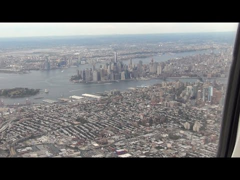landing in New York - LaGuardia Airport RWY 04