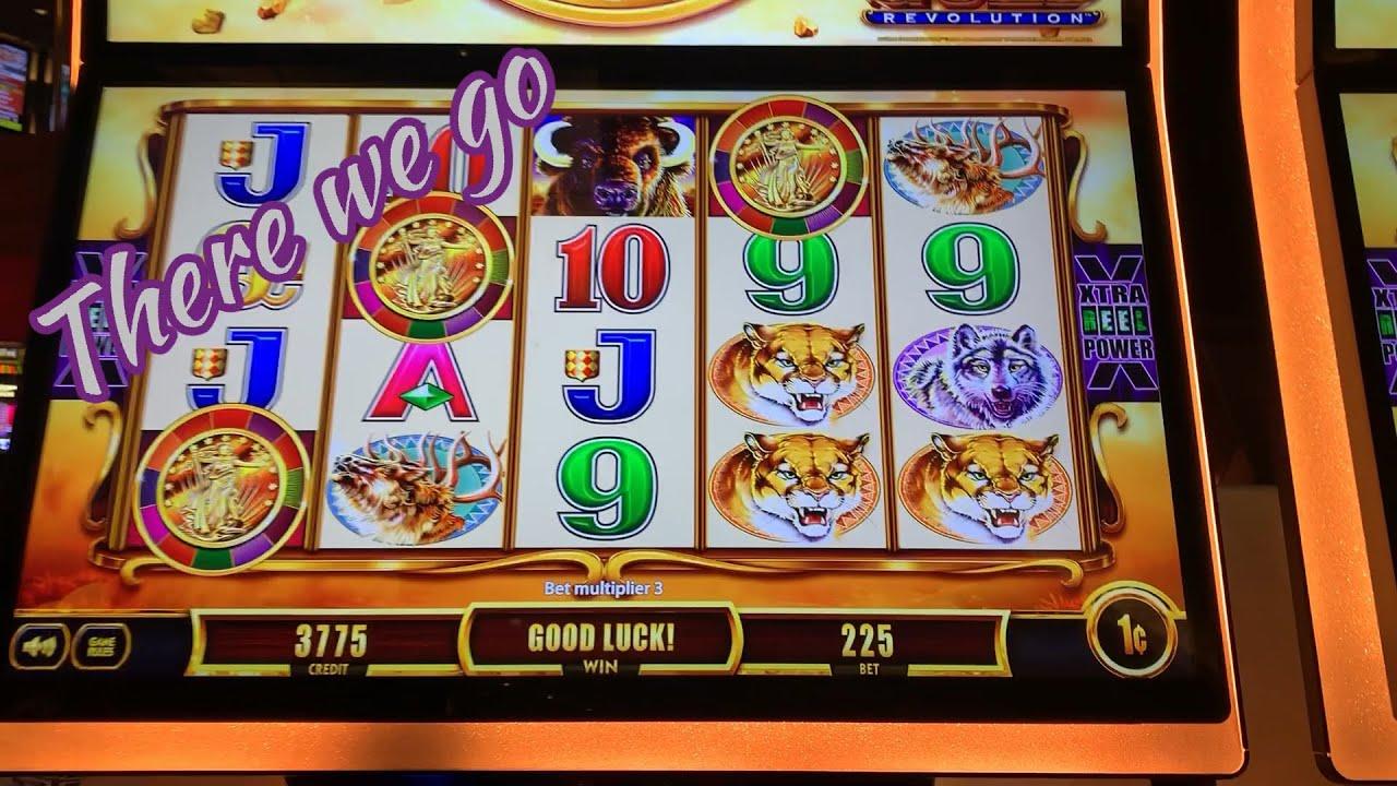 Soir © e Casino