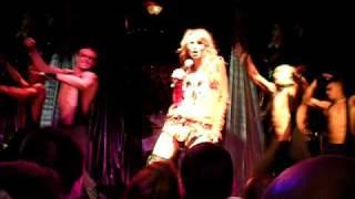 "Eurovision in concert 2009 - Ukraine - Svetlana ""Be my valentine (anticrisis-girl)"