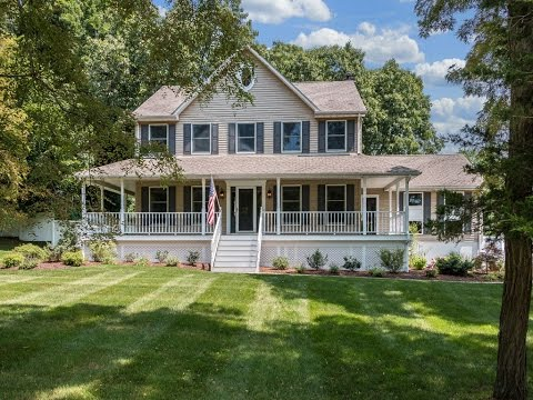 Real Estate Video Tour | 90 Woodcrest Drive, Hopewell Junction, NY | Dutchess County, NY