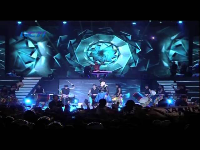 ZASKIA GOTIX Feat DJ ROY B Live At Konser Philips (25-01-2014) Courtesy RCTI Travel Video