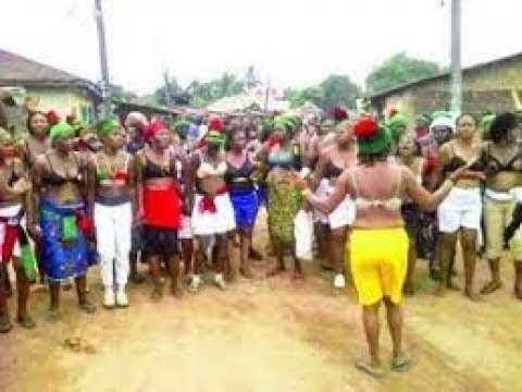 BIAFRA  NEWS; IPOB LADIES NAKED FOR ANAMBRA TO SHOW CONCERN ABOUT BIAFRA  FREEDOM
