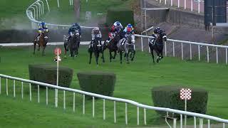 Vidéo de la course PMU GRAND STEEPLE-CHASE DE LOIRE-ATLANTIQUE