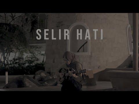 Selir Hati - T.R.I.A.D (Feby Cover)