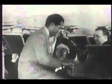 George Gershwin clip on Nightmusic - 1943 - LIVE!