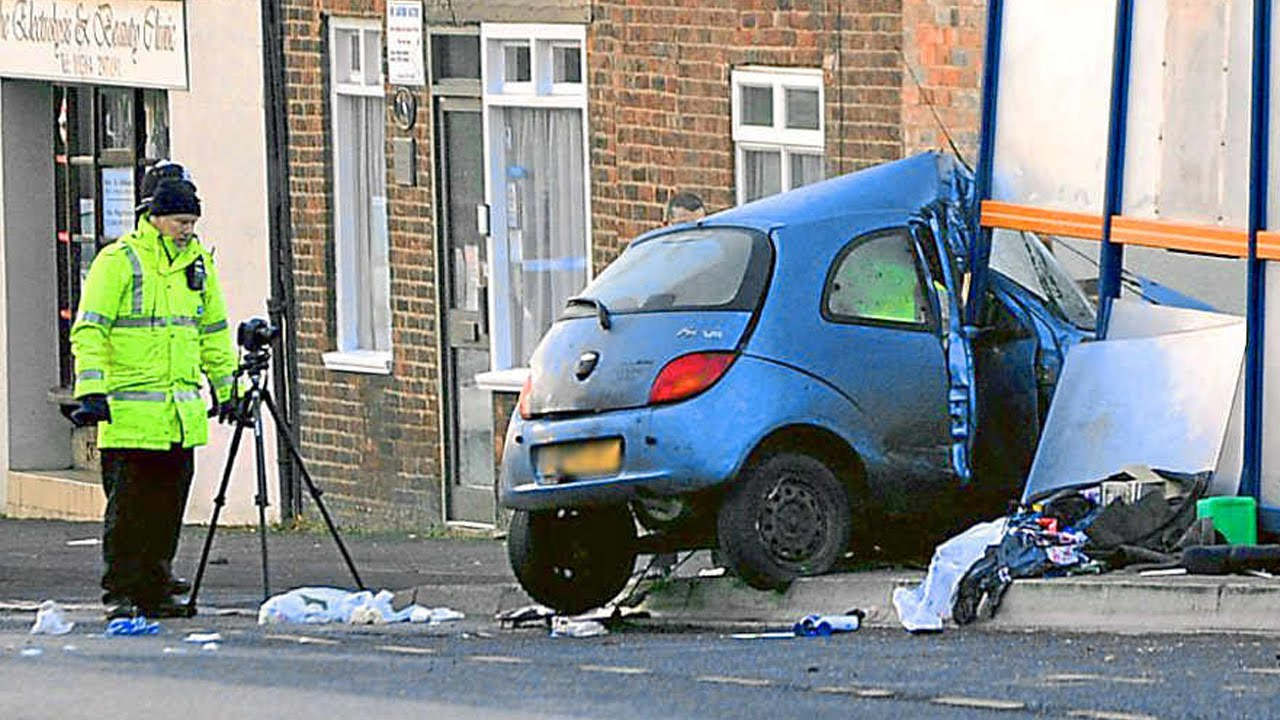 Latest Car Accident of Ford Ka - Road - Crash ...