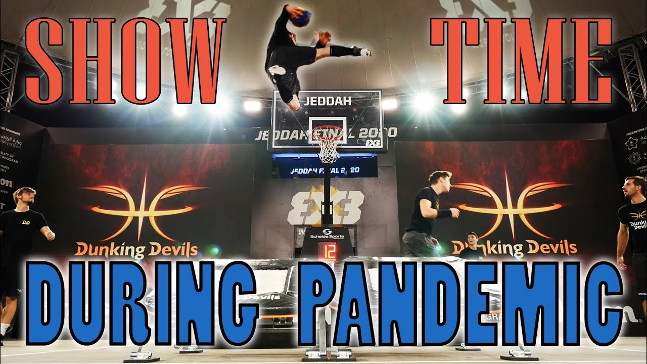 SHOW FOR GIANT SCREENS WITH AUDIENCE! | Dunking Devils Experience #23