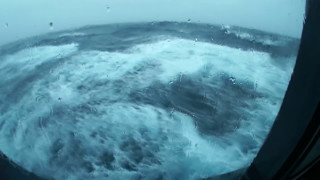RAW FOOTAGE of Queen Mary 2 in Stormy Weather!