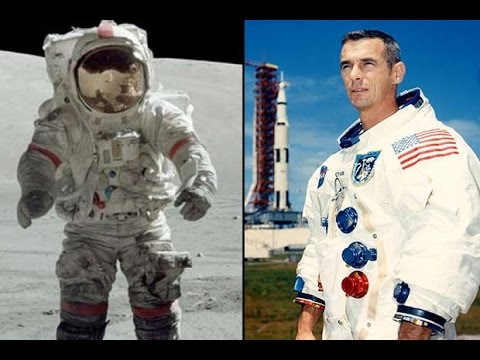Remembering Gene Cernan – Singing and Hopeful On The Moon  Video