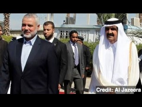 Emir of Qatar Makes Controversial Visit to the Gaza Strip
