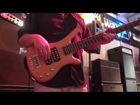 "Warwick Product Specialist Andy Irvine  Demo ""RockBass"" Corvette $$-5"