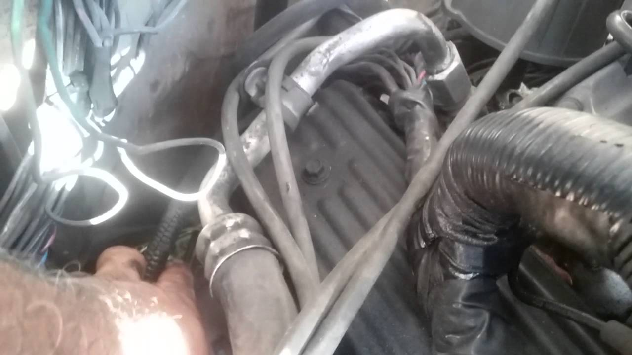 90 chevy 5 7 the route of purple wire from starter to distrbuter [ 1280 x 720 Pixel ]