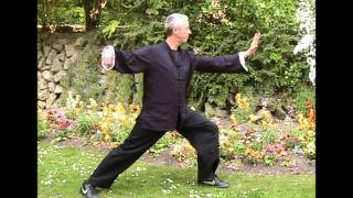 The many benefits of Tai Chi practice. Interview with Graham Pritchard and students.