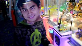 How To Hack Arcade Claw Machines | 100% WIN RATE | Arcade Hackers Not