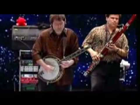 Watch Béla Fleck and the Flecktones' Full Show From The Capitol Theatre 318