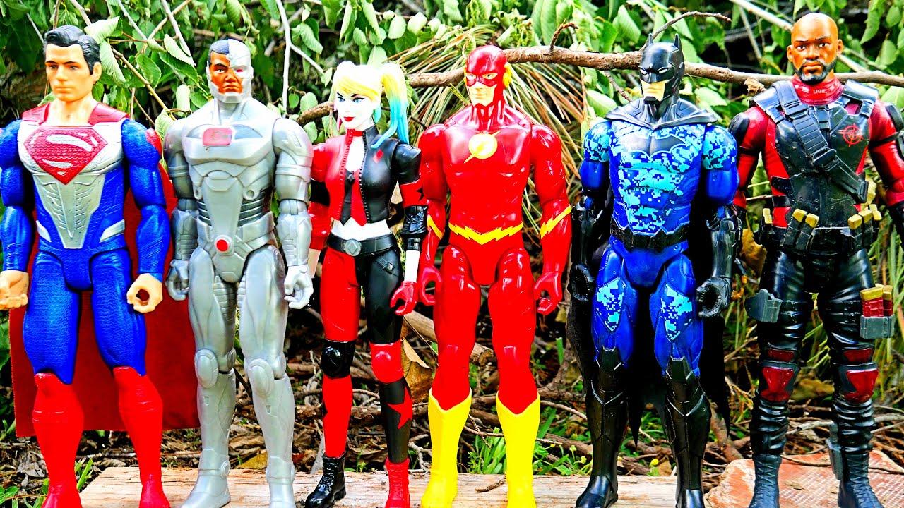 DC Justice League Superheroes - Superman, Batman, Deadshot + Power Rangers & Halo action figures