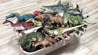 box-of-50-dinosaurs-jurassic-world-dinosaurs-shark-toys
